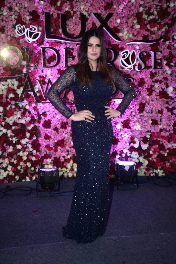 deepika padukone, katrina kaif, alia bhatt, kareena kapoor khan, sridevi, lux golden rose awards, jacqueline fernandez, lux golden rose 2017 photos, celeb fashion, deepika padukone fashion, indian express, indian express news