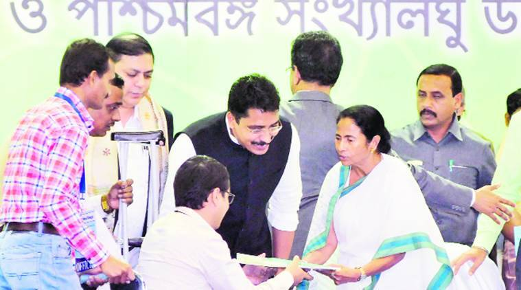 School should keep functioning: Mamata Banerjee