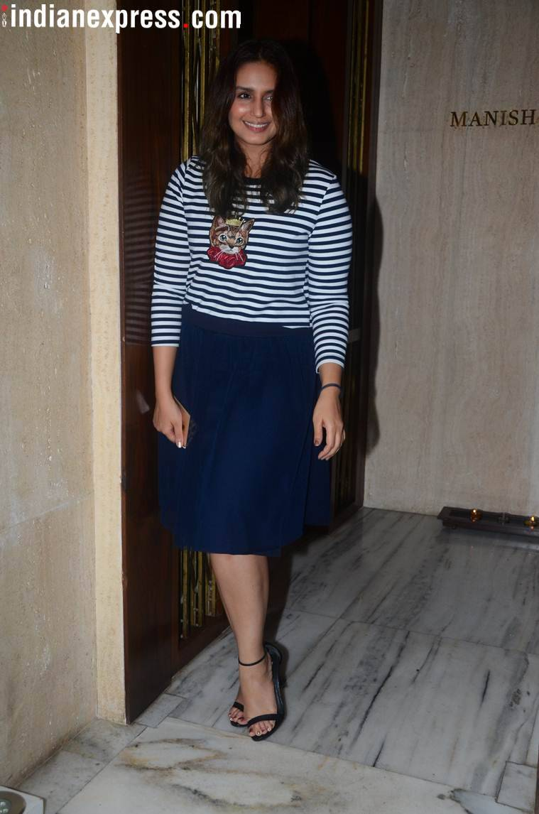 photo huma qureshi manish malhotra birthday party