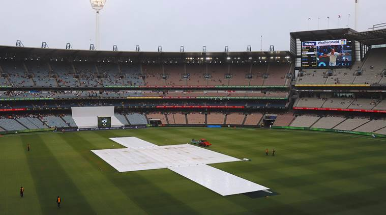 Australia are playing 4th Test against England at MCG.