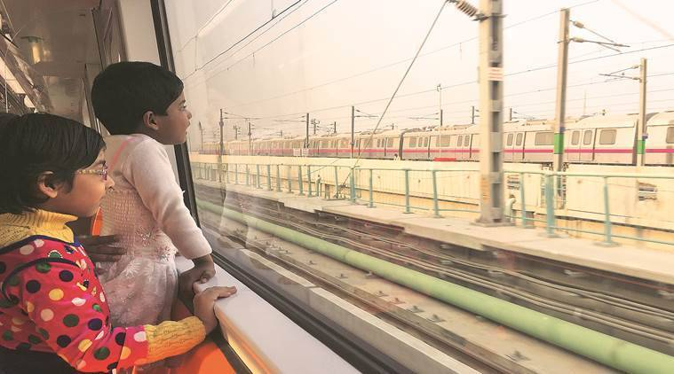 Modi inaugurates Metro's Magenta line section