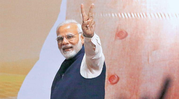 sonia gandhi, indira gandhi, indian politics, bjp government, bjp headquarters, indian express columns, coomi kapoor articles, coomi kapoor