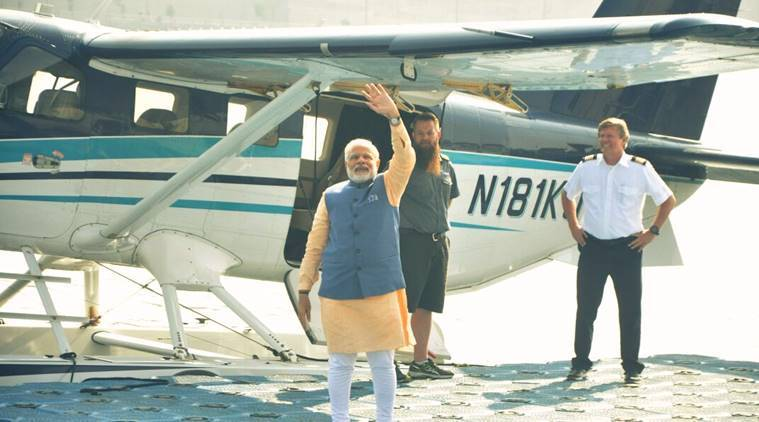 Narendra modi, PM Modi, Modi campaign, Modi Gujarat campaign, sea plane, Modi sea plane, Sabarmati river, gujarat assembly polls, Gujarat assembly elections 2017, indian express news