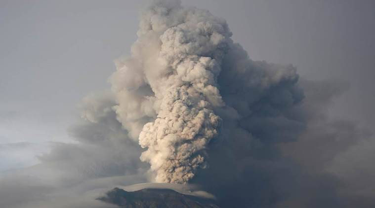 bali volcano, mount agung, indonesia volcano, eruption, volcanic ash, world news, asia news, indian express