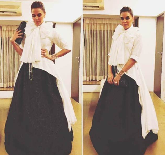 Neha Dhupia, Bizarre outfits 2017, Fashion Misses 2017, Worst Outfits 2017