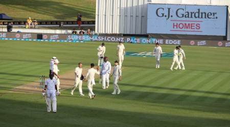 Tim Southee, Trent Boult dominate for New Zealand as West Indiesstutter