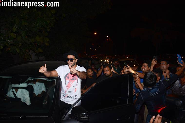 ranveer singh poses for cameras