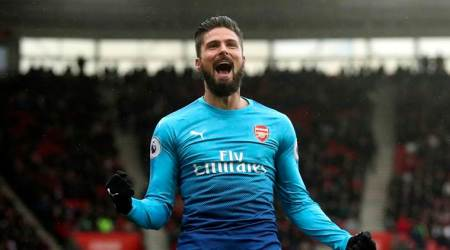Chelsea beef up their attack with Olivier Giroud signing; Michy Batshuayi joins Borussia Dortmund