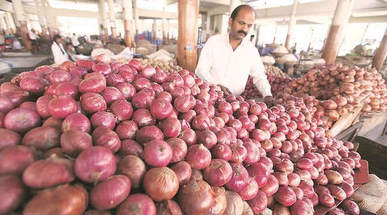 delhi news, delhi onion prices, onion prices rise, indian express news
