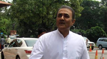 It is not easy to provide quota to Patidars, says Praful Patel