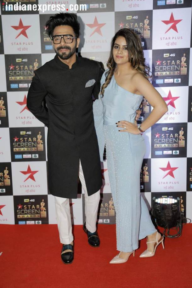 aparshakti khurana star screen awards