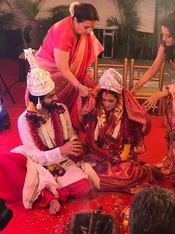 Riya Sen weds Shivam Tiwari
