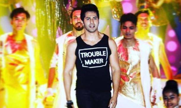 varun dhawan performed at reliance 40 years celebration