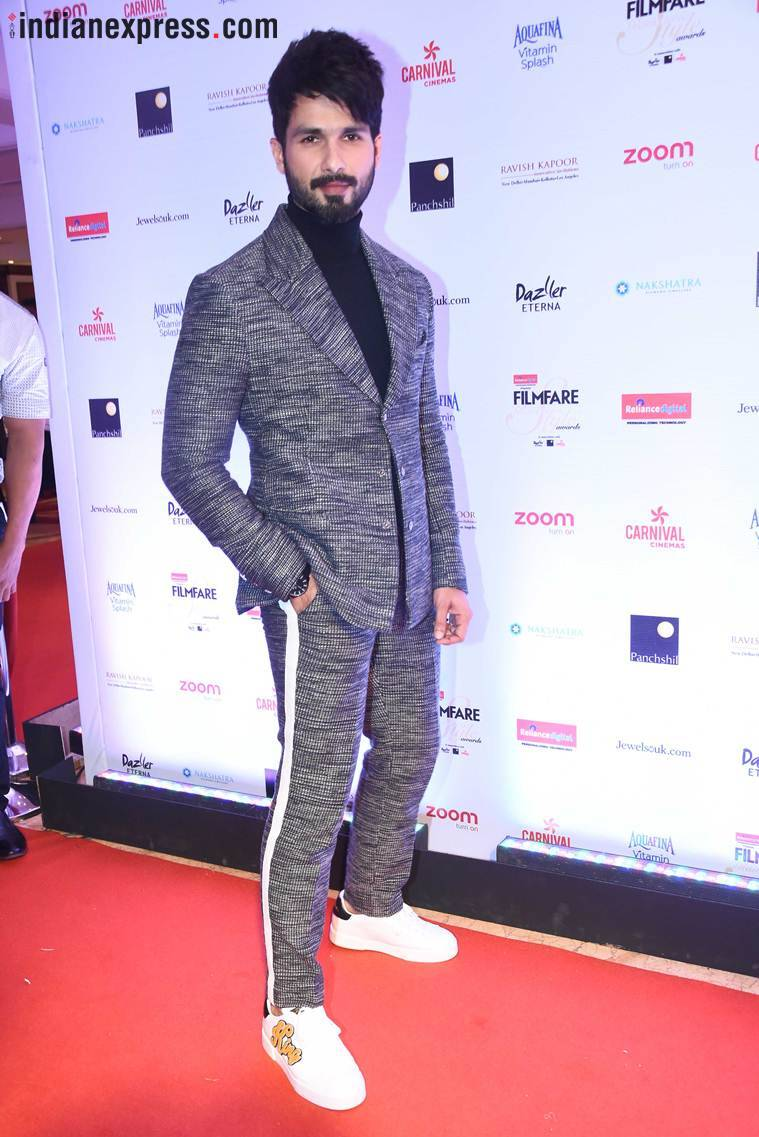 shahid kapoor at filmfare glamour and style awards