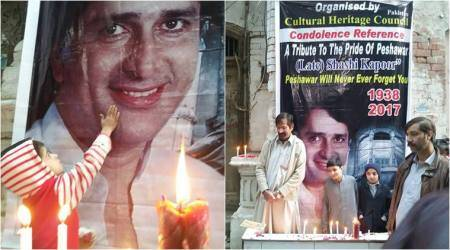 'Heartwarming': Indian Twitterati elated as Pakistanis host memorial service for Shashi Kapoor in Peshawar