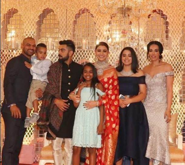 Virat Kohli, Anushka Sharma continue to give relationship goals in these adorable reception pics