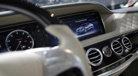 Automakers, seeking Silicon Valley tech in vehicle systems, land in patent wars