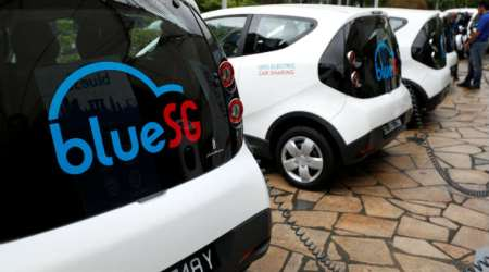 Singapore car sharing service, electric car-sharing service, Singapore public transport options, BlueSG car sharing, electric vehicles, self-driving technology, battery technology, Singapore traffic