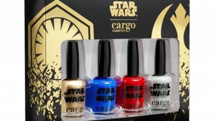 Stoke your Star Wars fever with 'The Last Jedi'-themed nail polishkit