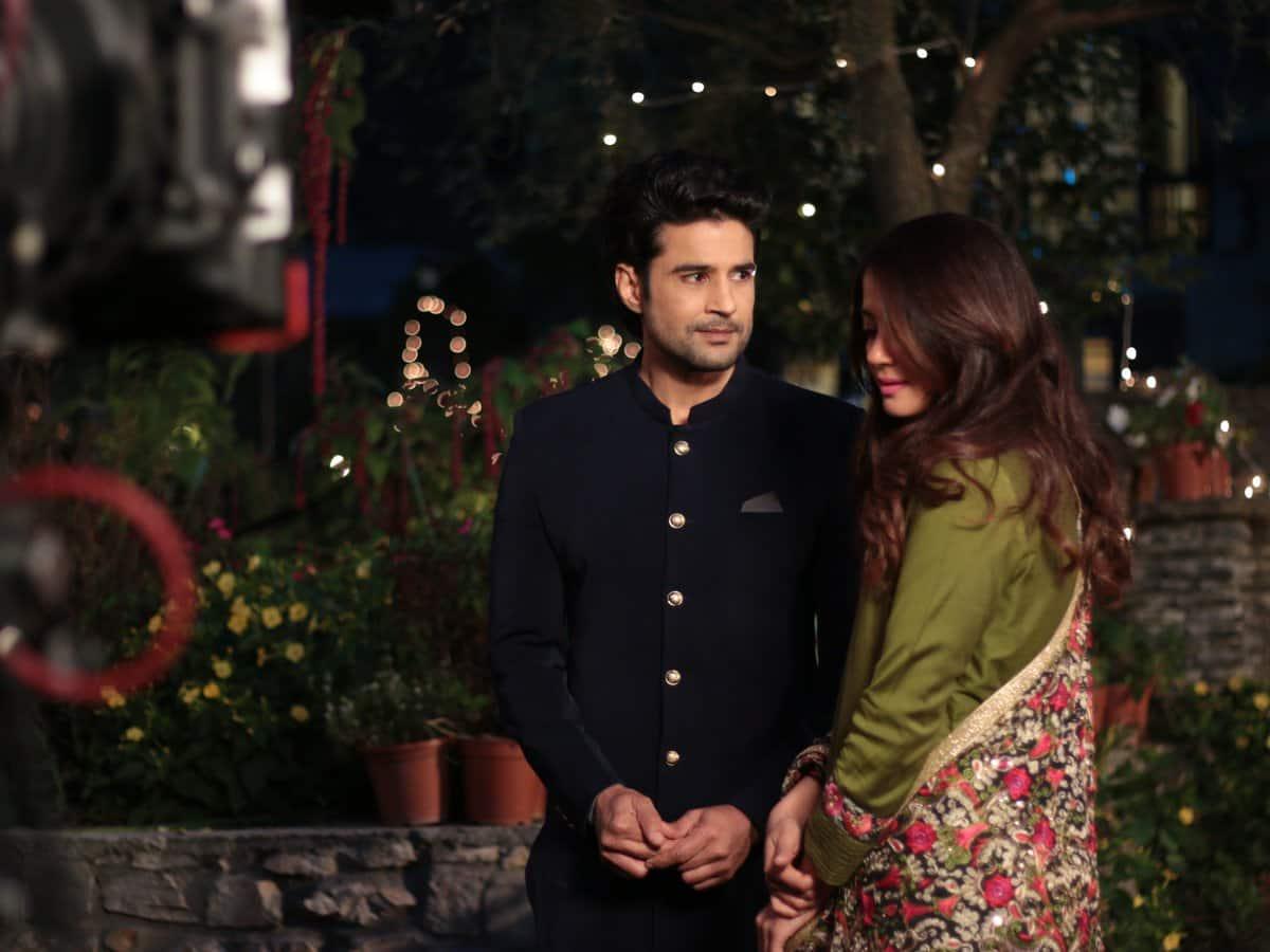 Surveen Chawla show Haq Se alongside Rajeev Khandelwal
