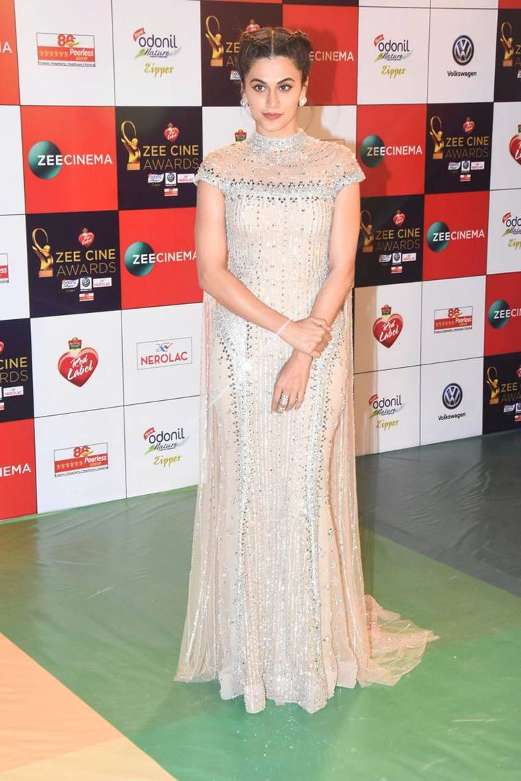 taapsee pannu at zee cine awards 2018