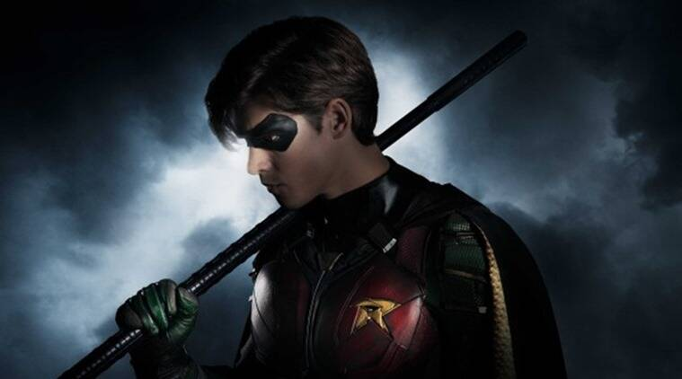 brendan thwaites as robin in titans dc