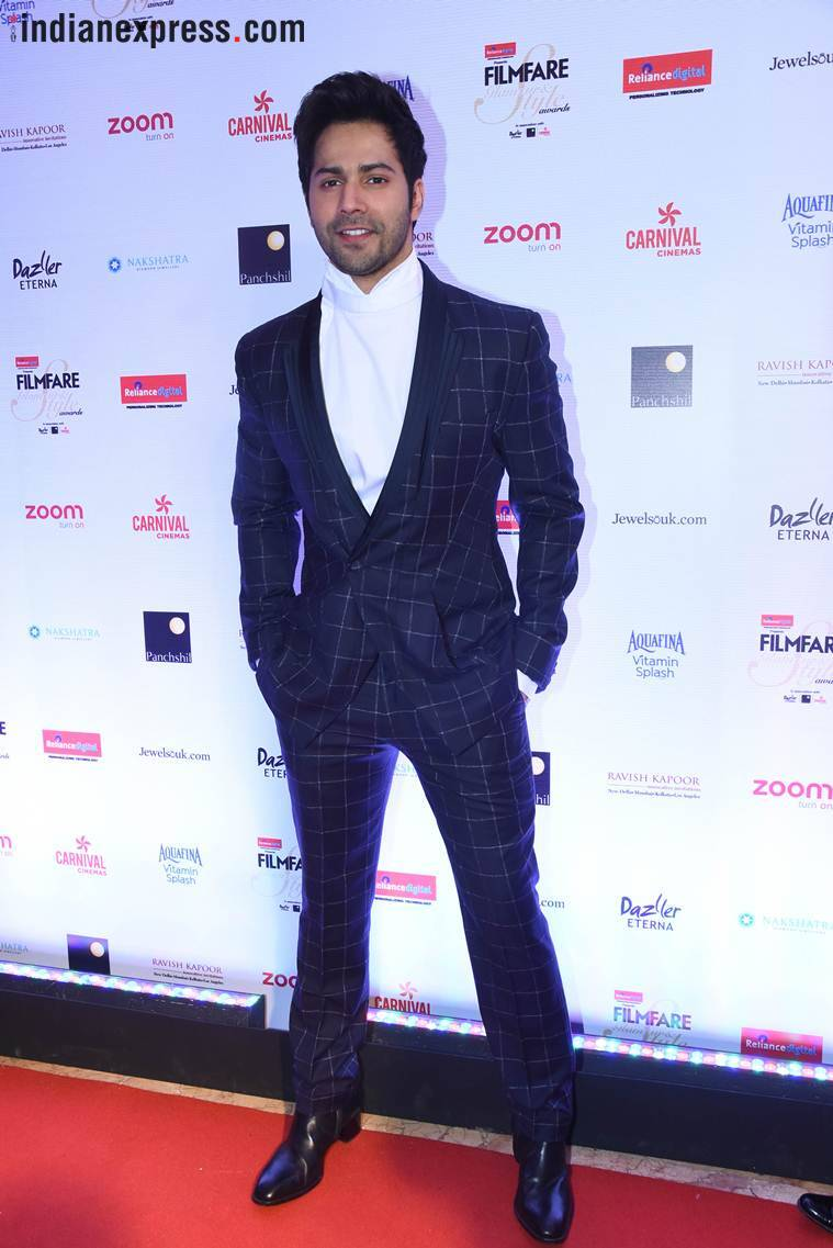 varun dhawan at filmfare glamour and style awards