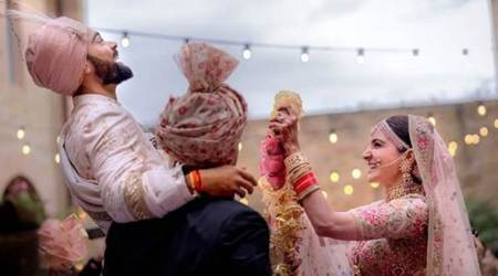 Virat Kohli sings for Anushka Sharma at the wedding, watch video