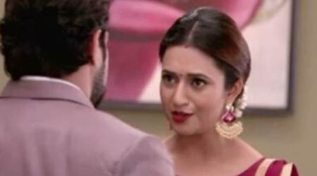Yeh Hai Mohabbatein, January 8, 2018 full episode written update: Ishita kisses Raman on his cheek