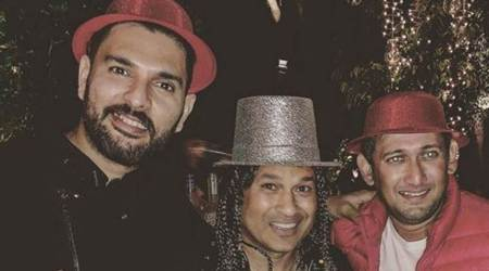 Yuvraj Singh parties with Sachin Tendulkar, Ajit Agarkar ahead of New Year, see photo