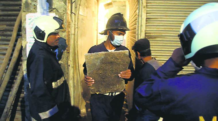 Zaveri Bazar building collapse contractor booked for culpable homicide