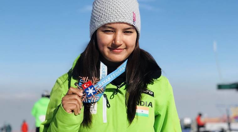 Naveen congratulates Aanchal Thakur for winning India's 1st worldwide medal in Skiing