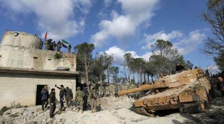 Syrian army targets south Damascus insurgentenclave