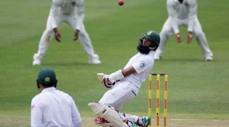 India vs South Africa 3rd Test, Day 2: Hashim Amla shuffles, India reshuffle