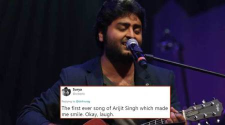 Watch: This video of Arijit Singh losing his calm mid-performance has gone viral