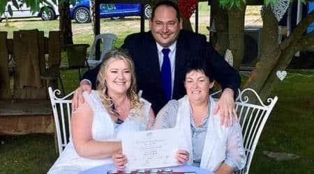 Gays marry in midnight wedding ceremonies acrossAustralia