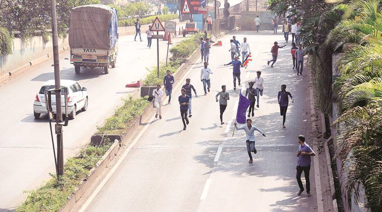 Bandh throws life out of gear in Mumbai, Pune