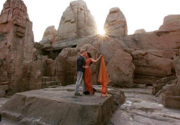 aashka goradia brent goble honeymoon images