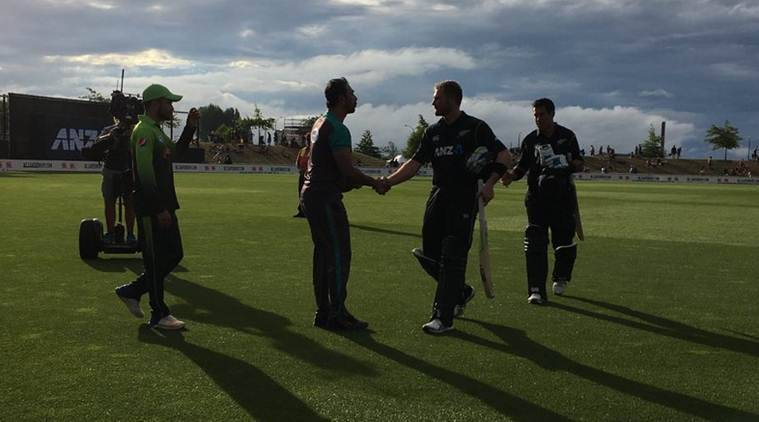 Guptill, bowlers take New Zealand to 2-0 lead