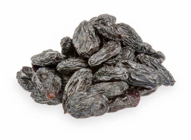 black raisins, black raisins benefits, black raisins advantages, when to eat black raisins, high blood pressure, cholestrol, acne removal, healthy skin, skincare, haircare, teeth health, bone health, indian express, indian express news