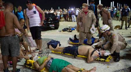 Car drives into crowd at Copacabana Beach in Rio De Janerio; 15 hurt