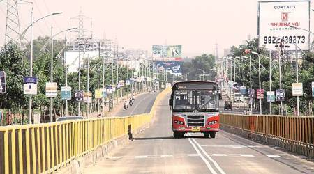 Pune-Mumbai Highway: PCMC panel chief wants BRTS route scrapped