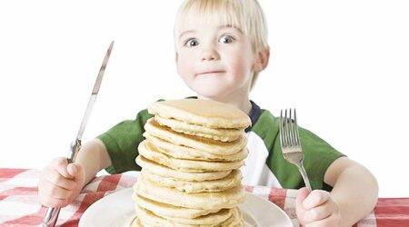 Limit children's snacks to 200 calories a day: UK healthbody