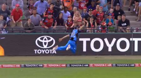Ben Laughlin, Jake Weatherald combine for 'catch of the Big Bash League'; watchvideo