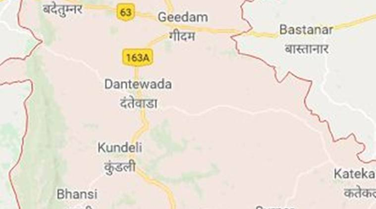 Chhattisgarh Dantewada Policeman injured, Dantewada Policeman injured, Dantewada Police injured, Chhattisgarh Dantewada Naxal Attack, Dantewada Naxal Attack, Naxal Attack, India News, Indian Express, Indian Express News