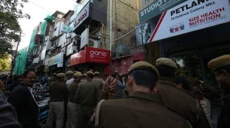 87 shops sealed in north Delhi as AAP, BJP spar inHouse