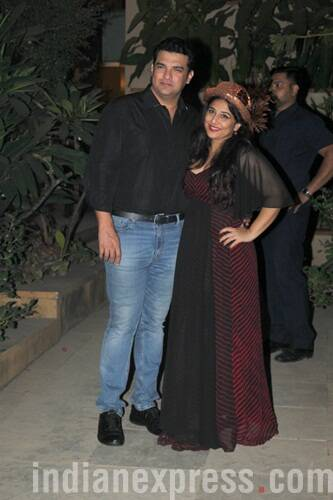 Vidya Balan begins New Year with a cute themed birthday party