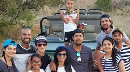 India cricketers enjoy South African safari with family