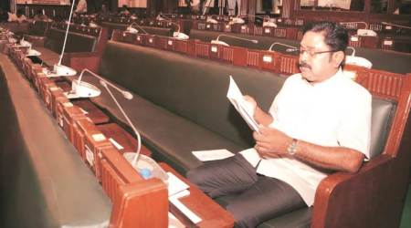 DMK bycotts Governor speech in TN assembly, alleges Banwarilal Purohit of helping minority govt