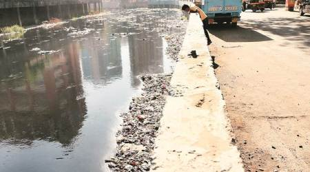 Pune Municipal Corporation pushes for protective walls around nullahs, offersmanpower